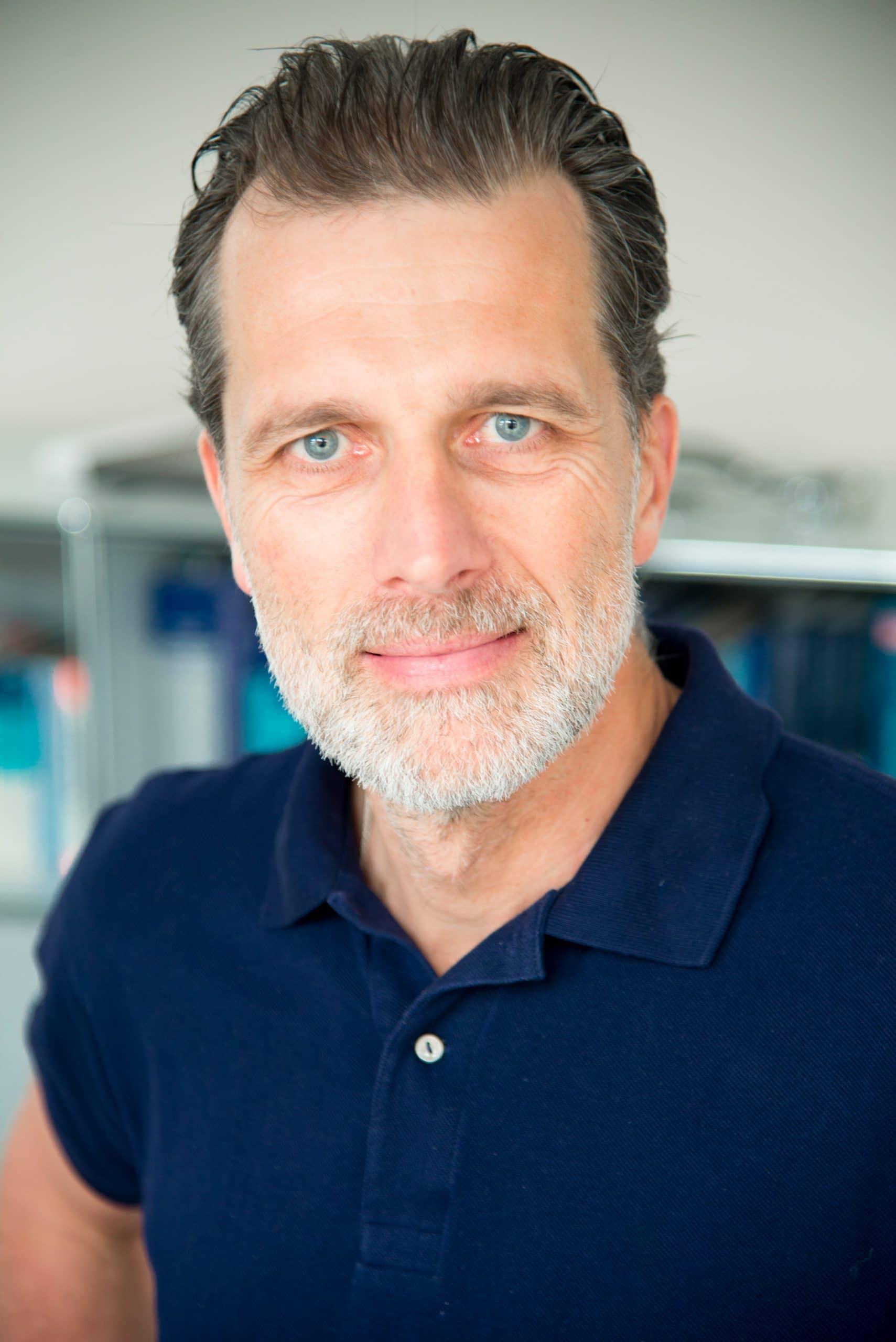 Dr. Stefan Huber